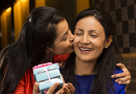 karwa chauth Gifts For Mother-In-Law