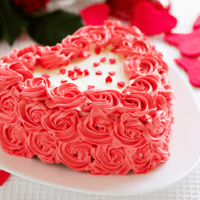 Send Kiss Day Cakes