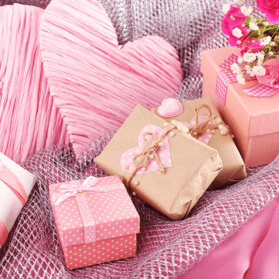Send Kiss Day Gifts