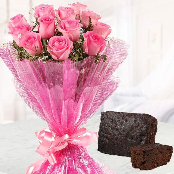 Beautiful bunch of 12 Pink Roses and 1/2 Kg Plum Cake for Christmas
