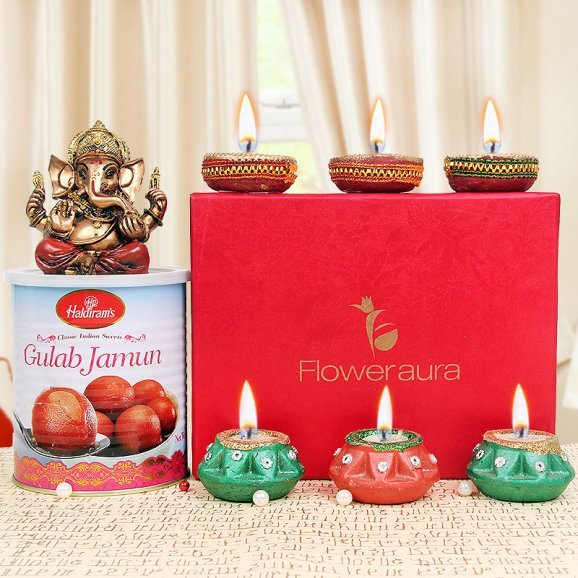 Sweet Hampers for Diwali Festival