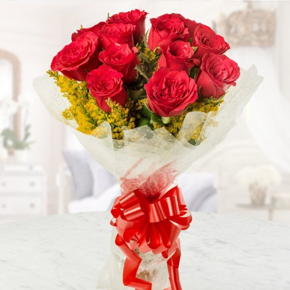 A bunch of 12 red roses packed beautifully