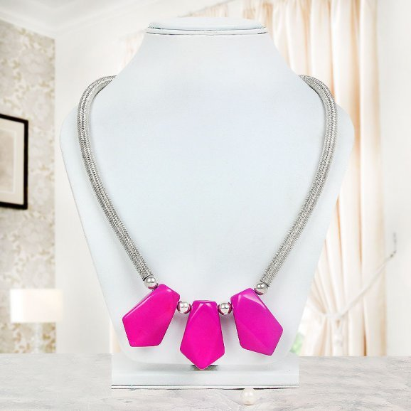 exquisite pink stone necklace