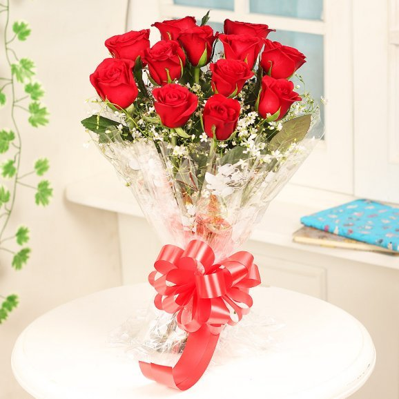 12 Red Roses Fresh Bunch