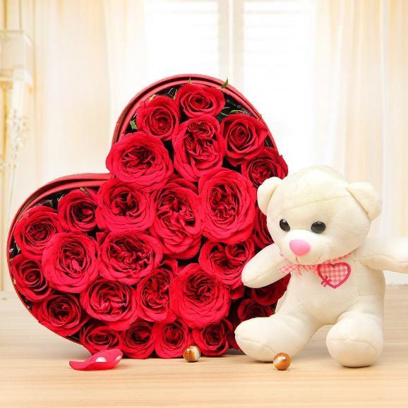 Heart Prowess - Combo of Teddy and 25 heart shaped red roses arrangement