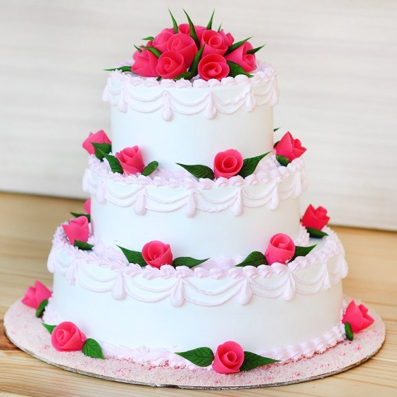 3 tier Vanilla cake - Second gift of Hearts And Roses