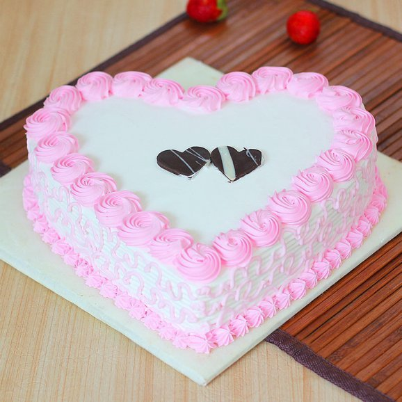 Heart Shaped Strawberry Cake with Normal View