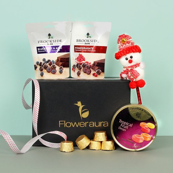 Joyeux Traditions - A Christmas Combo Gift