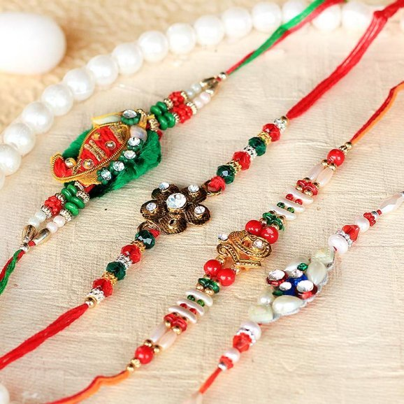 Premium Rakhi Set for brother and his family