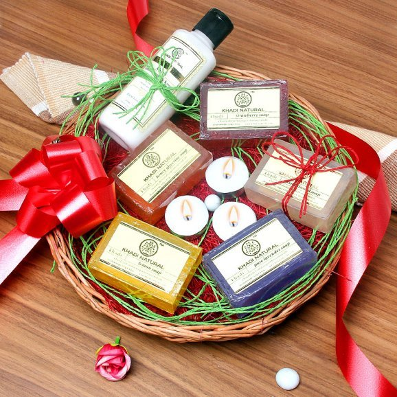 A Soaps and Moisturizers Spa Gift hampers