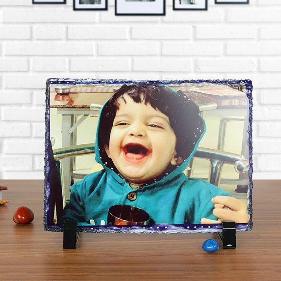 The Perfect Moment - A Customised Photo Frame with Oblique View