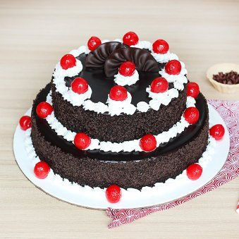 2-Tier Blackforest Cake Eggless