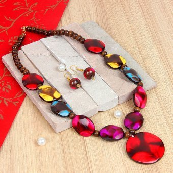 Glassbead necklace with matched earings