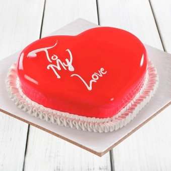Scrumptious Heart Shape Strawberry Cake