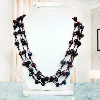 Elegant Black Colored Beaded Neckpiece in Beautiful View