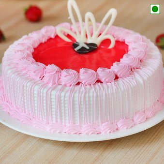Eggless strawberry Cake - Zoom View
