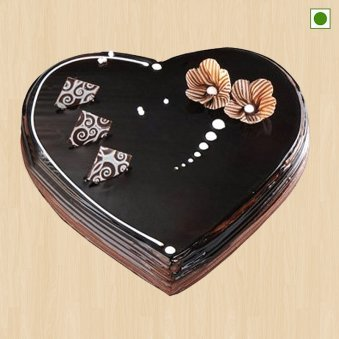Heart Shaped Chocolate Cake Eggless