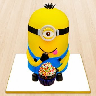 Despicable me 2 fondant cake for kids