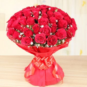 50 red roses bouquet - First gift of Love Abundance