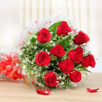 10 Red roses bunch - First gift of Must Be Love