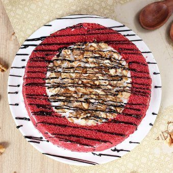 Red Velvet Crunchy Cake with Top View