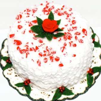 Snowy Christmas Treat - A Delicious Christmas Cake
