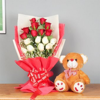 Bunch of Mixed Roses with Teddy Combo