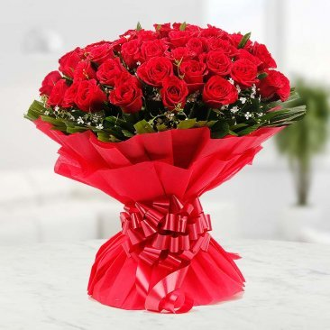 Bunch of 30 red roses beautifully packed