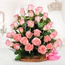 Combination of 30 pink roses